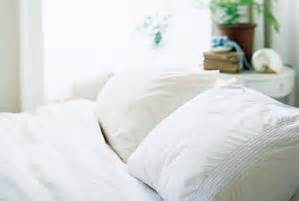 best way to clean comforter ask real simple what s the best way to clean a bulky