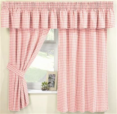 pink gingham curtains pink gingham curtains at www perfectlyboxed com