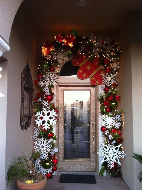 christmas decorating outdoor columns 40 stunning porch ideas
