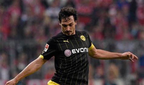 arsenal gossip arsenal news and transfers wenger concedes title hummels