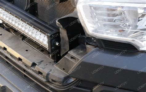 how to install toyota tacoma led light bar system