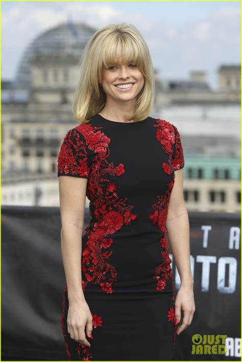 alice quest eve berlin premiere of into darkness because you haven t