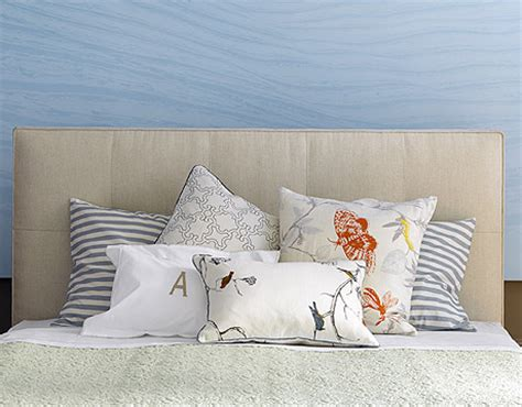how to place throw pillows on a bed how to arrange pillows arranging pillows