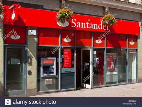 santander bank göppingen exterior of the santander bank branch on