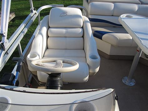 pontoon boats minnesota pontoon boat rentals in minnesota party boats on the lake