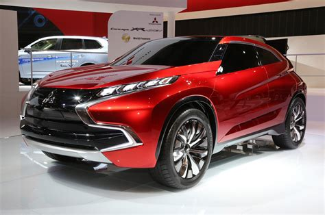 mitsubishi new mitsubishi concept xr phev front three quarters photo 20