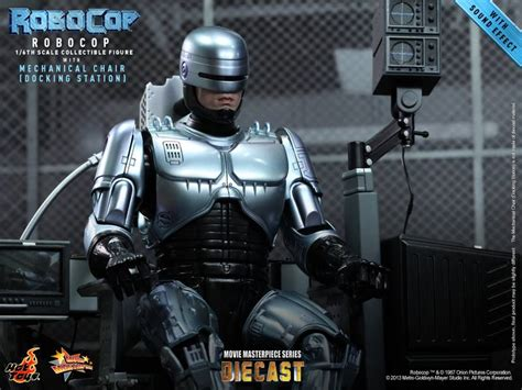 hot toys reveals  upcoming robocop releases