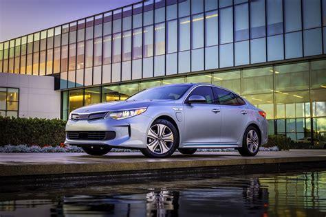 kia optima hybrid 2017 2017 kia optima hybrid review ratings specs prices and