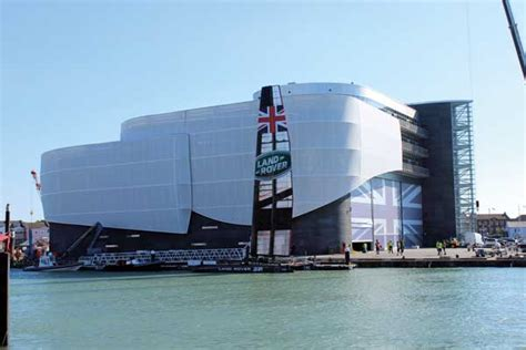 commendation land rover bar america s cup hq building