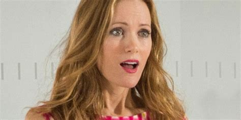 leslie mann best comedy movies leslie mann finally gets her shot at headlining a major comedy