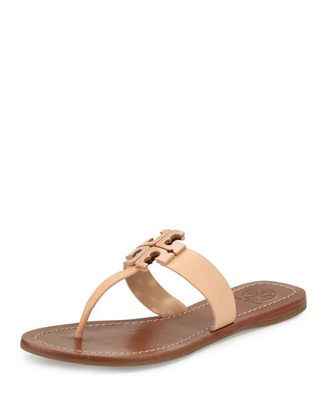 minimalist look with tory burch a constellation tory burch moore 2 leather thong sandals in natural lyst