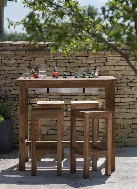 Outdoor Bar Table The Outdoor Bar Table With Built In Drinks Cooler Planter Backyardagins Pinterest