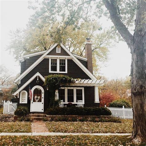 cottage house exterior simply divine creation claire elizabeth house