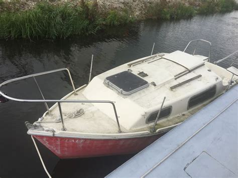 cabinato da pesca cabinato barca da pesca catawiki