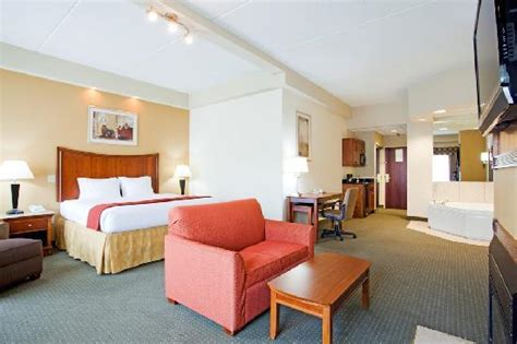 Rooms In Nc by Inn Express Fayetteville Ft Bragg Updated