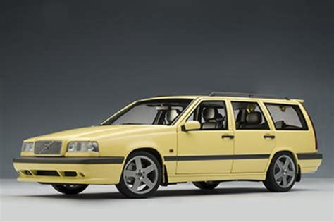 Volvo 850 Estate 1996 White 1 43 Minichs 430171412 New models volvo 850 t 5r estate by autoart 1 18 scale was sold for r515 00 on 23 sep at 11 02 by