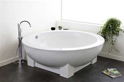 baignoire d angle et solutions pour petits espaces