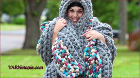 crochet pattern video tutorial by nadia crochet tutorial the cozy colossal blanket youtube