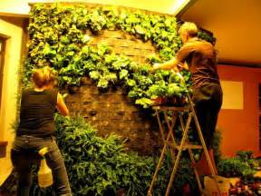 How To Make Vertical Garden Diy How To Of Blanc Style Green Wall