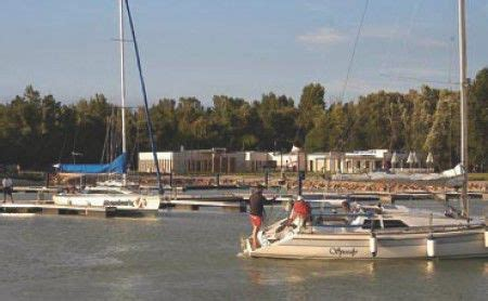 motorboot plattensee marinas am plattensee yachtrevue at