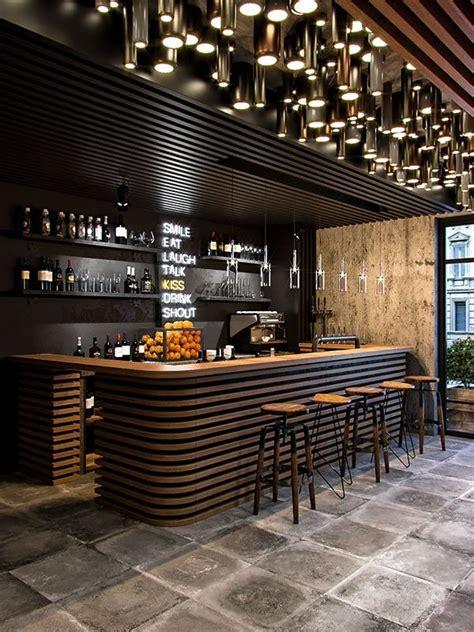 glamorous  exciting bar decor   luxurious