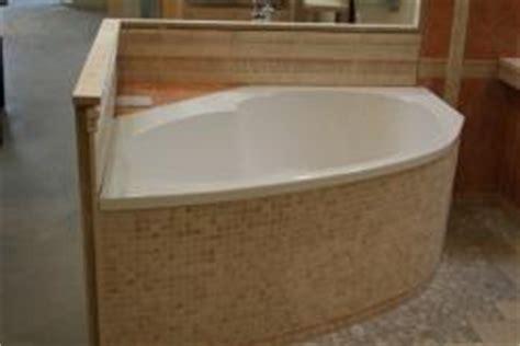 haustür kunststoff oder aluminium eckbadewann mit kleinen mosaikfliesen bauunternehmen