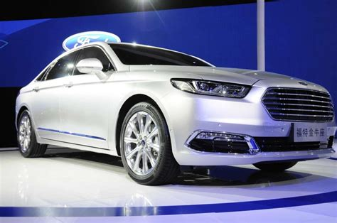 2016 ford taurus 2016 ford taurus is better much more refined and luxurious