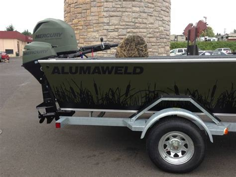 alumaweld boat graphics a new spin on a duck boat graphics look www ifish net