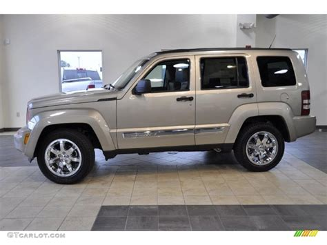 2011 jeep liberty limited 2011 light sandstone metallic jeep liberty limited