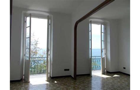 appartamenti in affitto da privati genova privato affitta appartamento da privato fronte mare