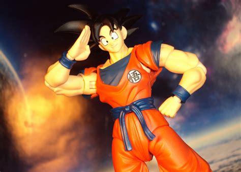 Sdcc 2015 Shf Z Goku Frieza Saga Ver r378 sdcc bandai s h figuarts z goku frieza saga version review welcome to