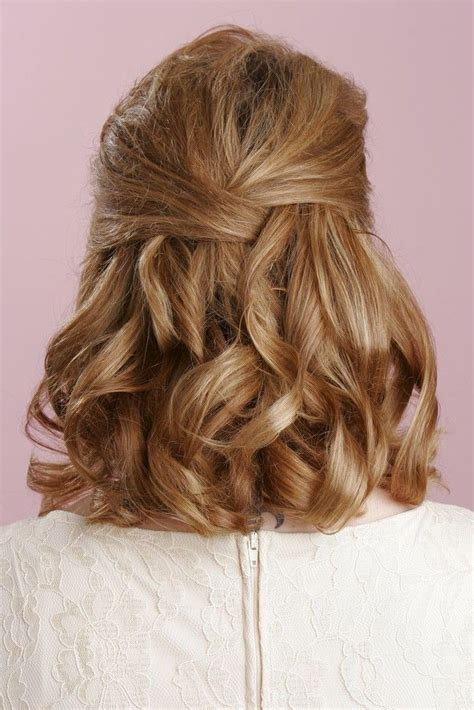 wedding hairstyles for medium length hair half up pics for gt half up half down hairstyles medium length hair