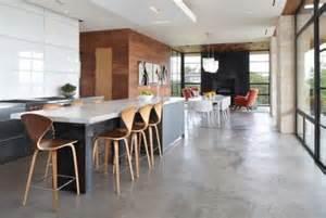 schöner wohnen fußboden wohnzimmer und kamin moderne b 246 den f 252 r wohnzimmer