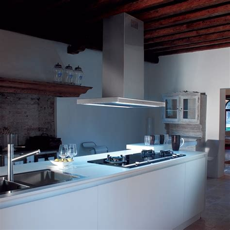 hotte de cuisine silencieuse hotte silencieuse falmec 90cm photo 5 15 mod 232 le pr 233 sent 233 lumina nrs la hotte de