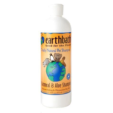oatmeal bath for dogs earthbath oatmeal aloe shoo for dogs naturalpetwarehouse