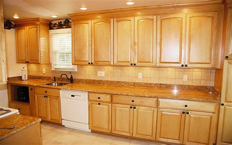 Simple Kitchen Backsplash Simple Kitchen Backsplash Tiles Home Design And Decor
