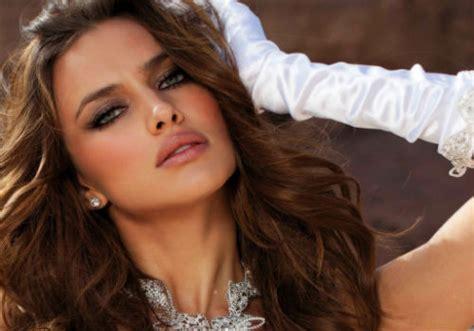 Topi Model Rusia top 10 facts about irina shayk listverse info