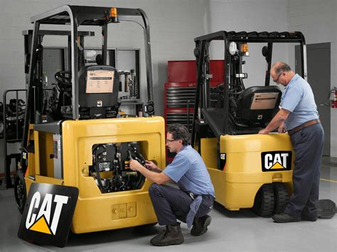 Forklift Technician by Forklift Maintenance Electronic And Mechanic