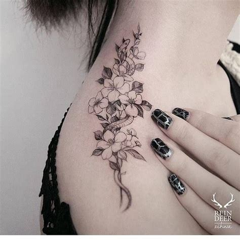 tattoo on shoulder top best 25 top of shoulder tattoo ideas only on pinterest