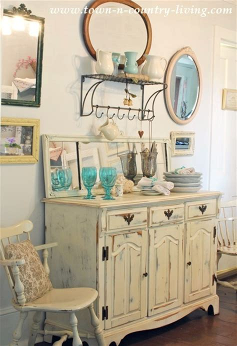Cottage Style Dining Room Curtains Summer Decorating In A Farmhouse Dining Room Town