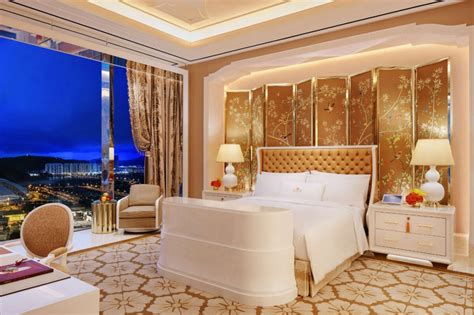 Wynn Las Vegas Bathroom Comfort And Luxury At Cotai Palace The Roger Thomas
