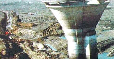 lake berryessa drain monticello dam california the dam s spillway is the