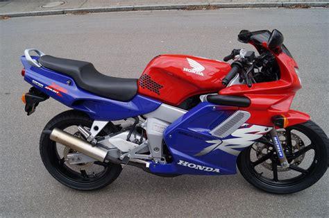 Motorrad Honda Occasionen by Motorrad Occasion Kaufen Honda Nsr 125 R Scherrer Motos Ag