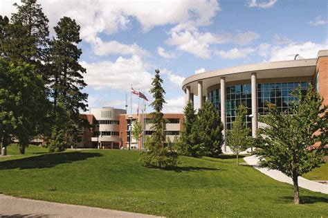 Thompson Rivers Mba Accreditation by Canada S Best Mbas Thompson Rivers