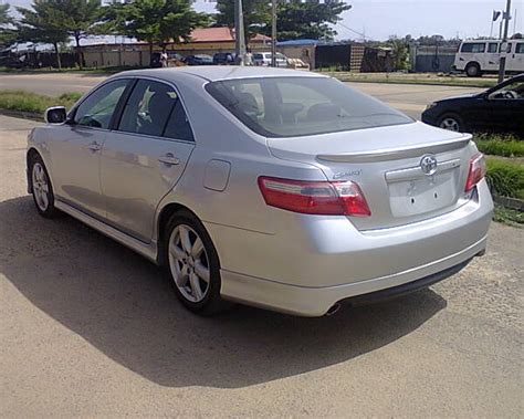 Toyota Camry 2008 Rims 2008 Toyota Camry Se With Leather Alloy Wheels Autos