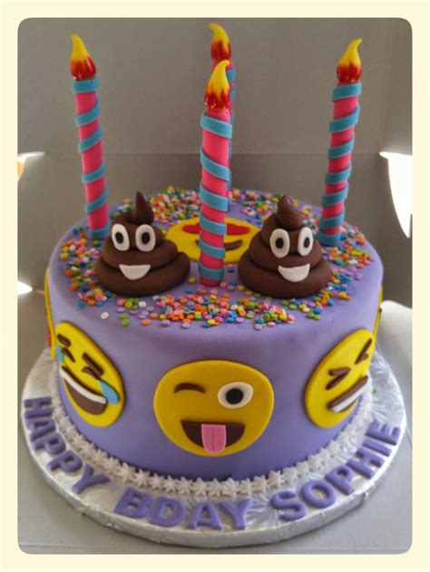 emoji cake 25 best ideas about birthday cake emoji on pinterest