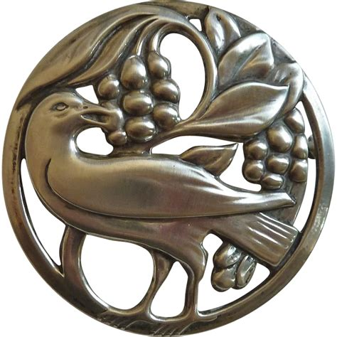 pin by sely raven on design retro 50 s pinterest coro norseland sterling pin raven eating berries from