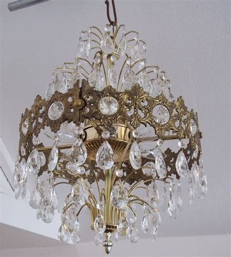 i wanna swing from the chandeliers 276 best i wanna swing images on pinterest crystal