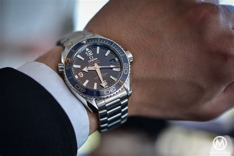 Smaller is Better? Case study with the 39.5mm Omega Seamaster Planet Ocean 600m   Monochrome Watches