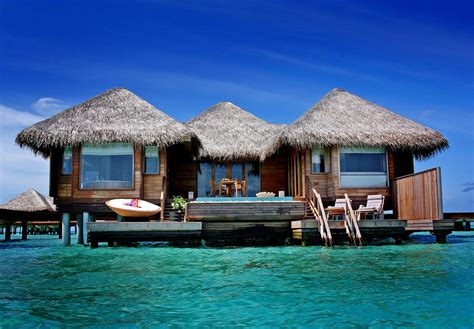 maldive bungalow aqua season at six senses laamu luxury travel